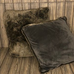 Faux Fur Throw Pillows | Set of 2